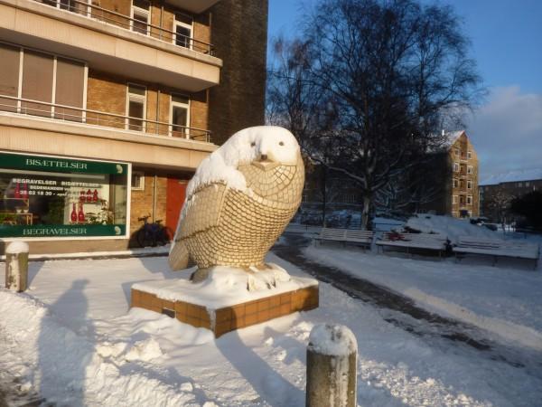 Uglen med sne